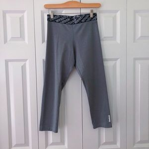 REEBOK women's capris leggings size small